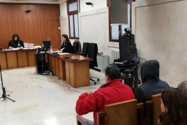 Seis meses de cárcel para los guardias civiles juzgados por robar a un diplomático árabe