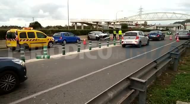 Dos heridos leves en un accidente de tráfico en Ibiza