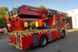 Los bomberos sofocan tres incendios originados por la tormenta eléctrica en Ibiza