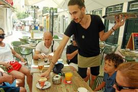 La llegada de trabajadores peninsulares a Baleares se estanca por primera vez en 4 años