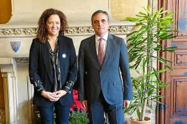 El senador autonómico, de visita a la presidenta de Mallorca