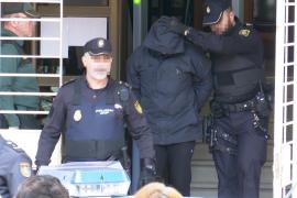 Jorge Ignacio P.J sale de los juzgados de Alzira