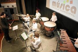 La Escola de Música de Santa Eulària pone música a la Navidad