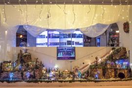Concurso de escaparatismo navideño en Santa Eulària.
