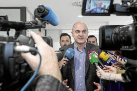 Vicent Marí insiste en que el Consell no pagará proyectos del Govern balear