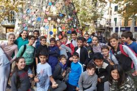Alumnes de primària del CEIP Aina Moll de Palma, viatjaren amb el Tren de Sóller i visitaren Ca'n Prunera