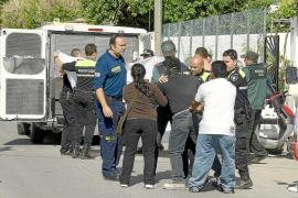 Una columna de hormigón se derrumba y provoca la muerte de un niño de siete años en Sant Antoni