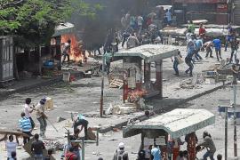 Al menos 20 muertos en choques entre agitadores y salafistas en El Cairo