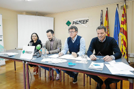 Pimeef impulsa una tarjeta para «revitalizar el comercio»