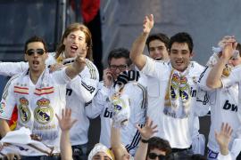 EL REAL MADRID CELEBRA LA LIGA EN LA CIBELES