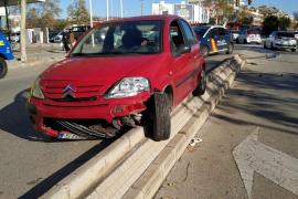 Detenido un conductor bebido tras accidentarse en Palma