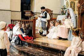 El Belén viviente de Sant Josep cobra vida en el día de Navidad