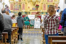Navidad en Sant Carles con misa y representación de un Belén viviente