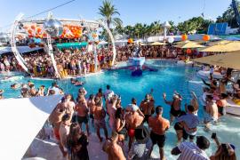 Ocio de Ibiza apoya la oferta de los 'beach clubs'