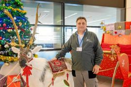 Los empleados llevan la Navidad a Can Misses