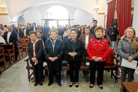 Sant Joan celebra Sant Esteve con 'caramelles' y un belén 'joaní' en la iglesia