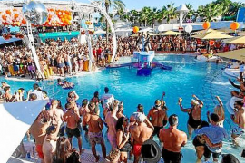 La patronal Ocio de Ibiza apoya la oferta de beach clubs en la isla