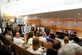 Los trabajadores de la sanidad pública balear exigen a gritos la dimisión del Govern