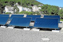 Ibiza produce la mitad de energía renovable que Formentera y está a la cola de Balears