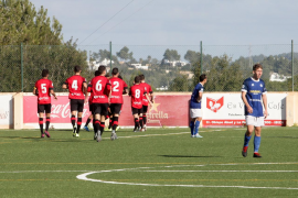 El partido entre el San Rafael y el Mallorca B, en imágenes (Fotos: Daniel Espinosa).