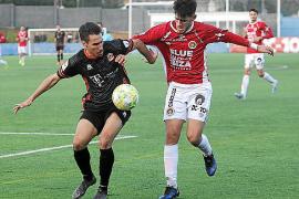 Un solitario gol de Arias basta para vencer al colista