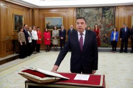 Luis Planas toma de posesión de su cargo como ministro de Agricultura
