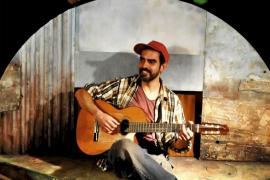 Humor, música y títeres en el Teatro España