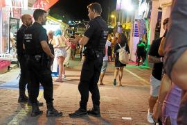 El PSOE pide a Serra que luche contra el turismo de borrachera