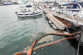 Residuos y restos fecales vuelven a aparecer en el puerto de Ibiza con las lluvias