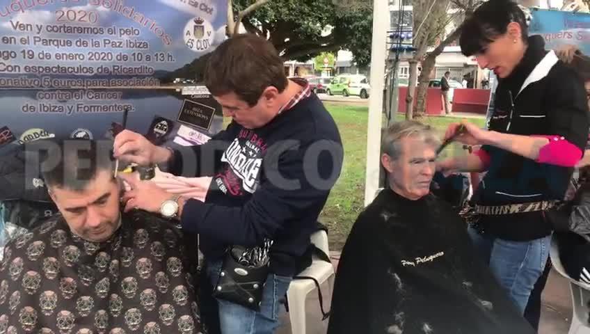 Peluqueros solidarios para luchar contra el cáncer