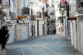 Los comerciantes de la Marina piden más aparcamiento en la zona
