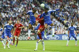 El Chelsea logra su primer título desde la línea de penalti (4-3)