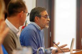 José Vicente Marí fue el encargado de exponer la moción