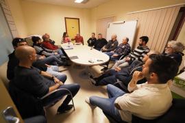 Vila acuerda jornadas de 8 horas máximo para los taxistas
