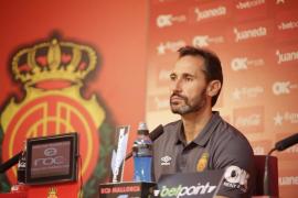 «Vicente Moreno: «No opino del mercado; me dedico a entrenar con lo que tengo»